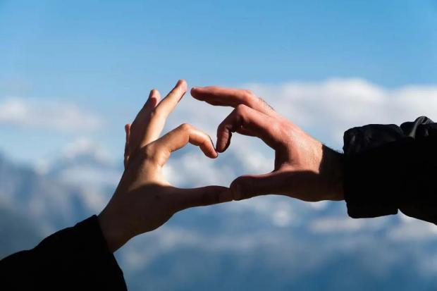 你还在相信心脏是心形的?其实心脏是个莫比乌斯环,研究者们大受震撼