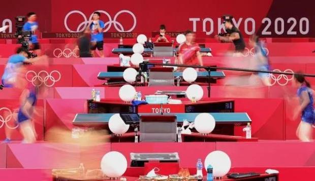 三分钟学会(废)弧圈球!乒乓球运动员人均力学高手?