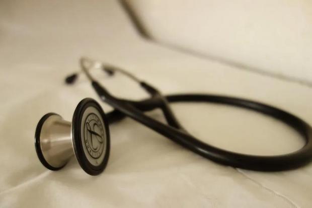 韩启德:改善医患关系,需要进一步深化医药卫生体制改革|医师节