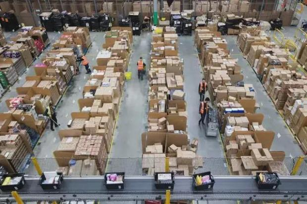 亚马逊封杀5万中国商家,网友却一片叫好?