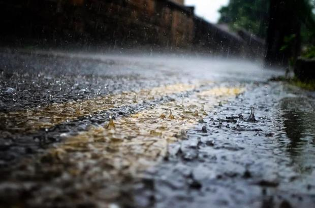 多米诺骨牌效应:河南暴雨如何推高全球运输费用?